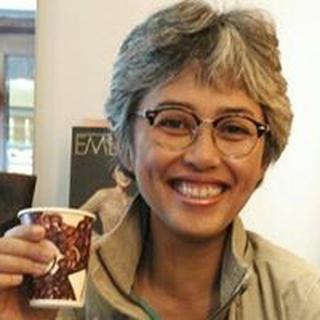 Aline S. profile image
