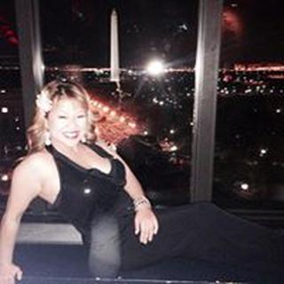 Elisa N. profile image