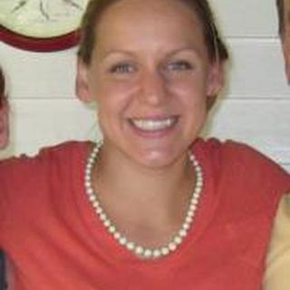 Laura E. profile image