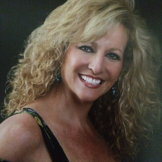 Nannette M. profile image