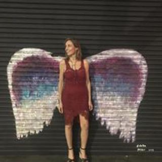 Amanda E. profile image
