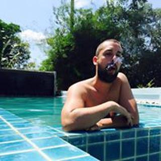 Jose R. profile image