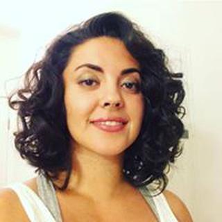 Pari F. profile image