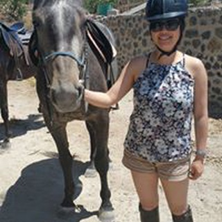 Melanie O. profile image
