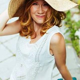 Alona G. profile image