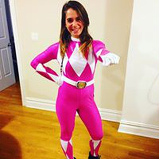 Laura F. profile image