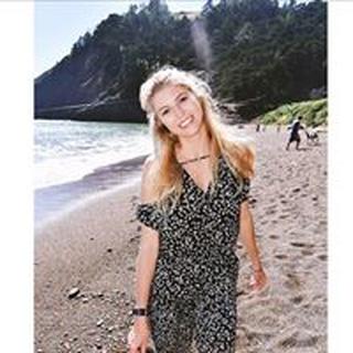 Lindsey B. profile image