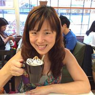Lynnet C. profile image