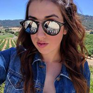 Elena B. profile image