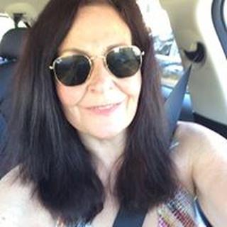 Beth K. profile image