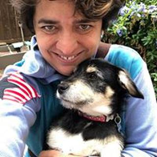 Luiza L. profile image