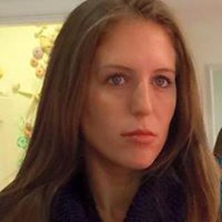 Eva L. profile image