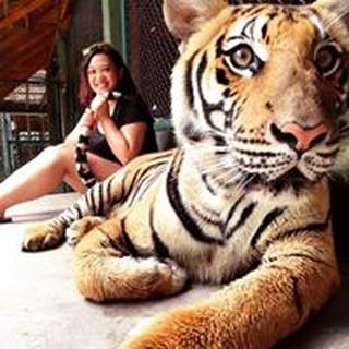 Devina W. profile image