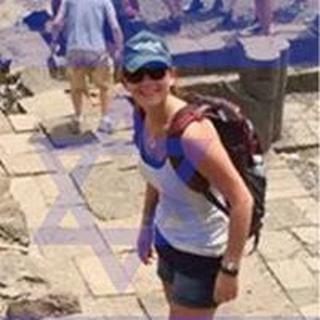 Julie S. profile image