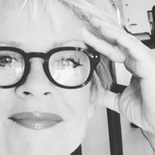 Janet W. profile image