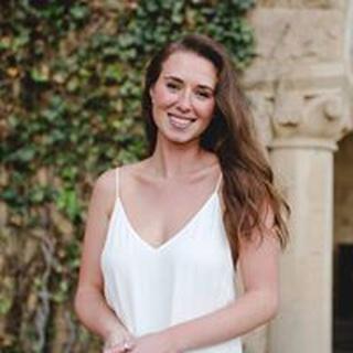 Eleni S. profile image