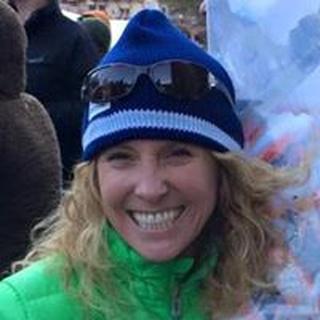 Darlene C. profile image
