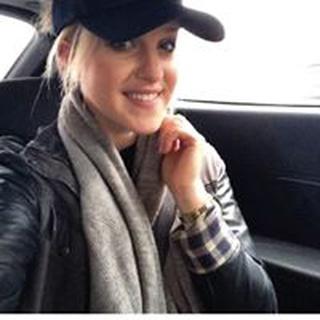 Rose G. profile image