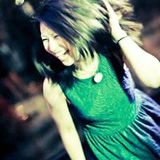 Yvonne F. profile image
