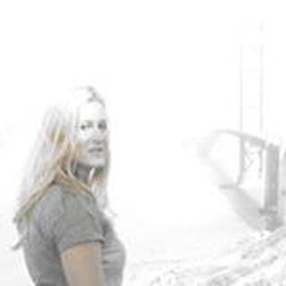 Andrea B. profile image
