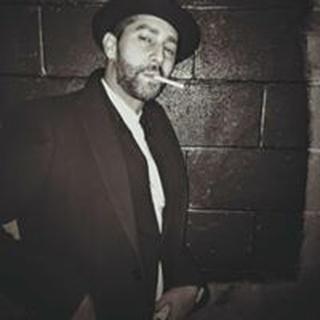 Alan V. profile image