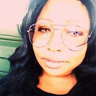 Cherie M. profile image