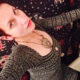 Elizabeth M. profile image