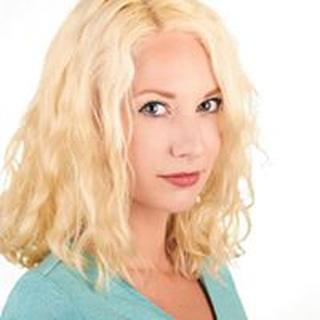 Liz L. profile image