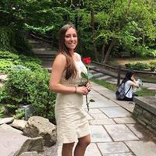 Emily H. profile image