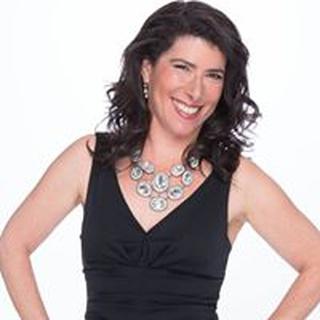 Lisa R. profile image