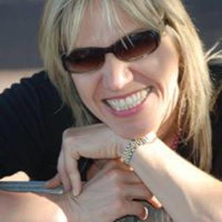 Lisa J B. profile image