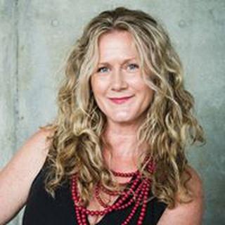 Leanne B. profile image