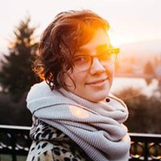 Rheanna M. profile image